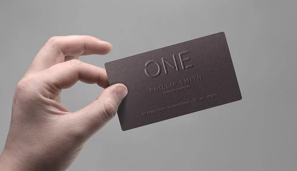 Realistic Business Card In Hand Mockup PSD