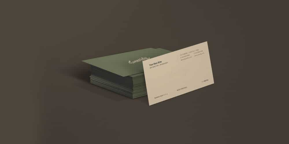 Modern and Simple Business Card Mockup