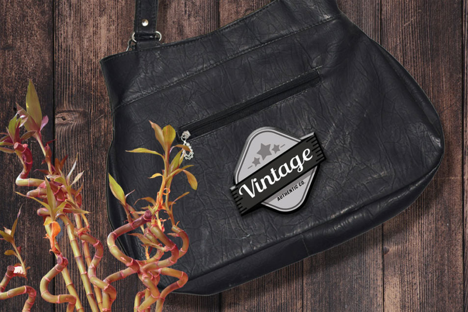 Vintage Bag 3D Logo Mockup PSD Free Download