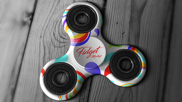 Free Tri-Fidget Spinner Hand Toy Mockup PSD