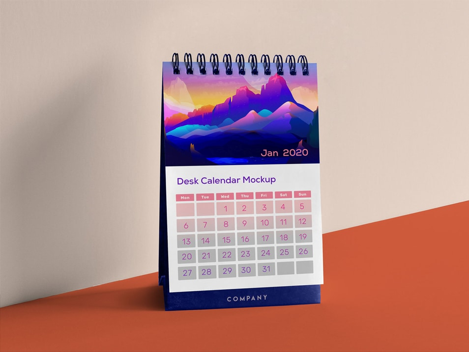 Free Table Desk Calendar Mockup PSD