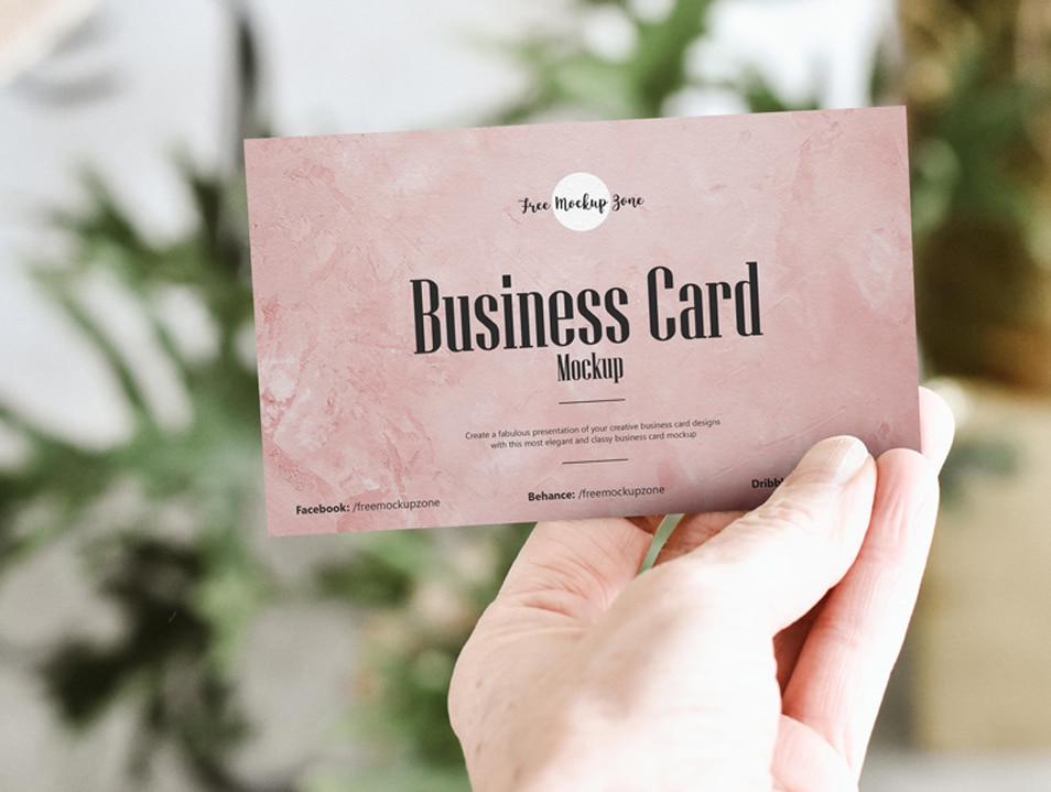 Free Hand Showing Business Card Mockup PSD