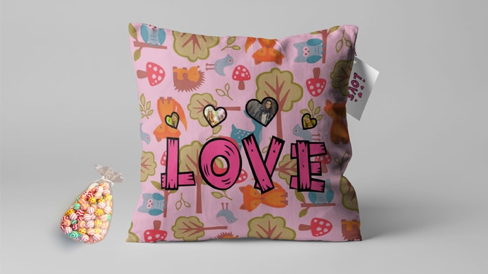 Single love Pillow Mock-up