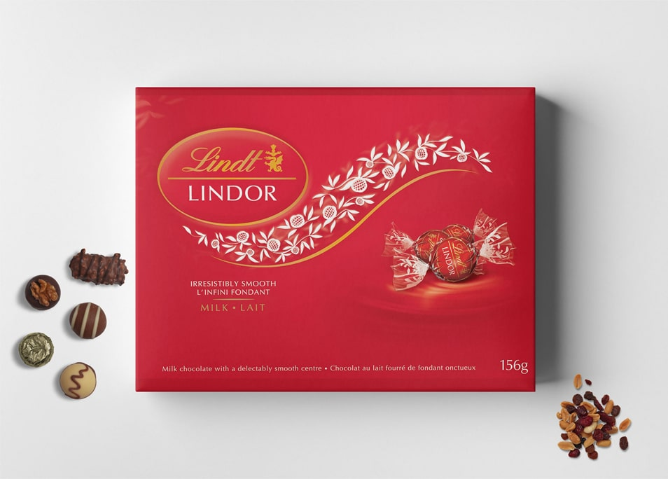 Free Candy Box Packaging Mockup
