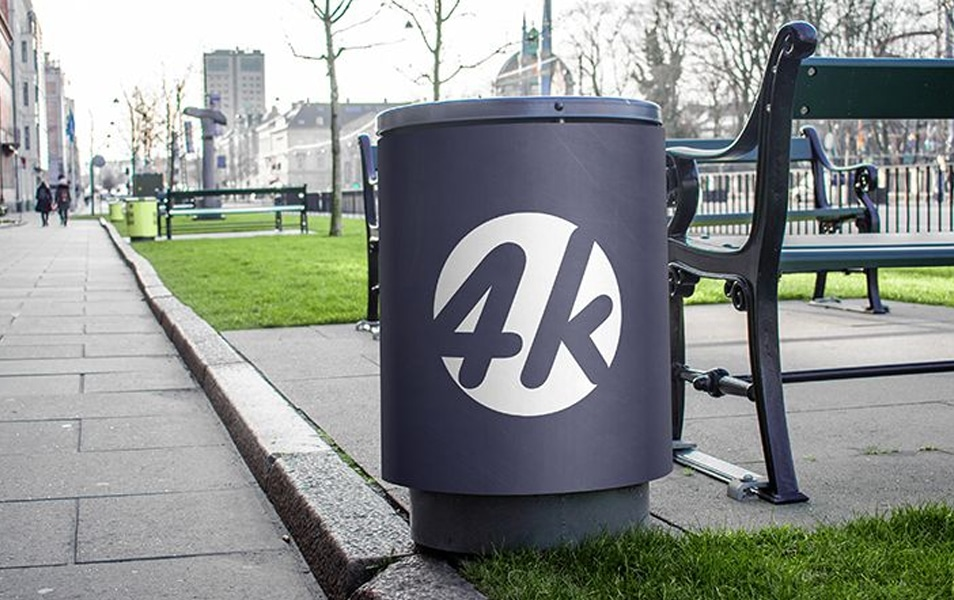 Free Trash Can MockUp