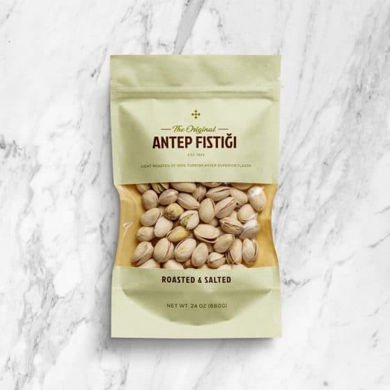 Free Pistachio Window Pouch Packaging Mockup PSD
