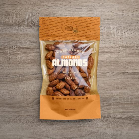 Free Window Pouch Almond Packaging Mockup PSD